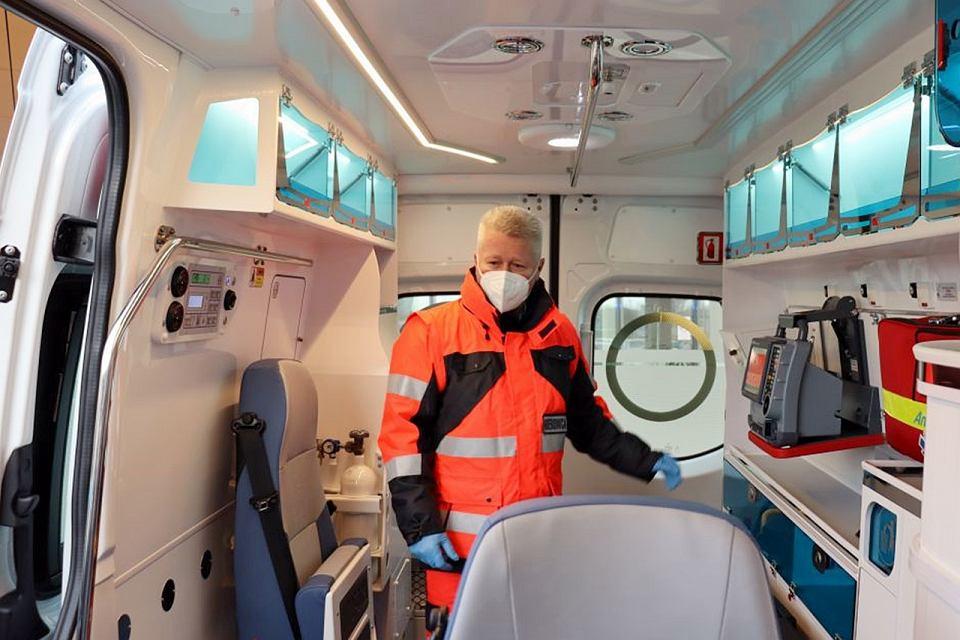 Gorzowski szpital otrzymał od miasta nową karetkę
