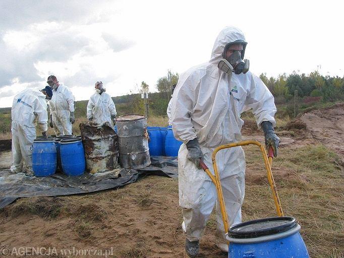 Chemikalia - beczki z chemikaliami (zdjęcie ilustracyjne)
