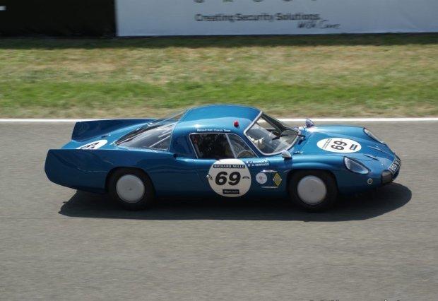 Alpine M65 z 1965 roku