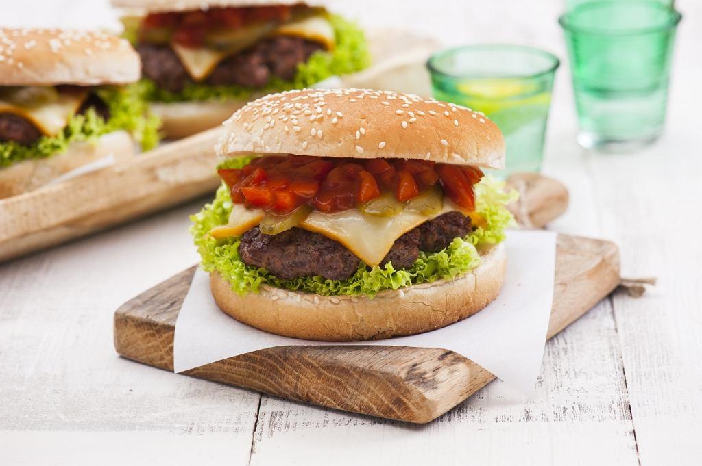 Hochland Burger&Toast - ser żółty w grubych plastrach