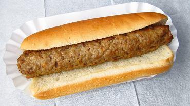 UOKiK ostrzega przed jedzeniem na stacjach benzynowych i dworcach. Mintaj zamiast dorsza i stary, zanieczyszczony tłuszcz
