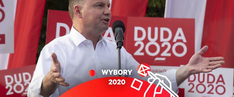 Andrzej Duda podpisał Kartę Wolności w Sieci. Obiecał internet dla każdego