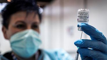 25.03.2021, Katowice, szczepienie preparatem AstraZeneca w szpitalu tymczasowym.