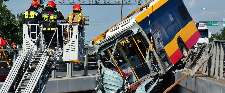 Po wypadku autobusu na S8 GDDKiA monitoruje trasę kilka razy dziennie