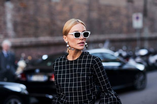 Dodatki i akcesoria Armani to idealne dopełnienie każdej stylizacji. Tego lata postaw na modne torebki i okulary przeciwsłoneczne!