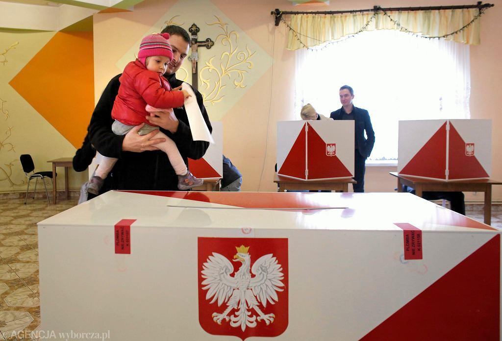 Sondaż. Która z władz ma największy wpływ na życie Polaków?