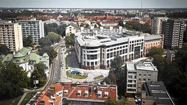 """Biurowiec """"Senator"""" powstał w miejscu dawnego Banku Polskiego"""