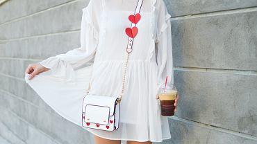 biała sukienka na lato 2021