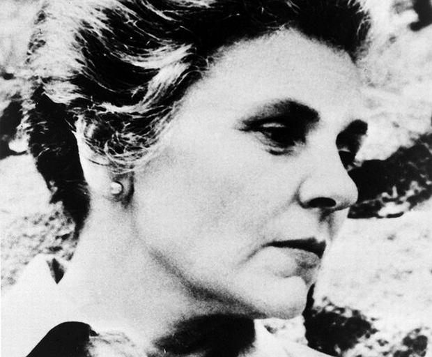 Elizabeth Bishop Lesba Pijaczka I Tak Dalej Kim Była