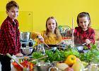 """Piąta edycja akcji """"Żółty talerz"""". """"To wstyd, że w naszym kraju wciąż wiele dzieci chodzi głodnych"""""""