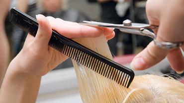Odmładzające fryzury dla 50 latek. Te cięcia to prawdziwy hit! Potrafią odjąć nawet 10 lat