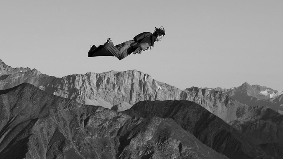 Dean Potter w kombinezonie wingsuit