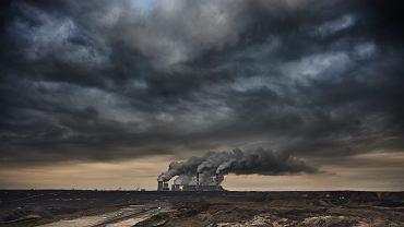 Elektrownia Bełchatów, największa na świecie elektrownia węglowa wytwarzająca energię elektryczną z węgla brunatnego