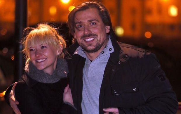 Tomasz Kaczmarek (Agent Tomek) z ukochaną Katarzyną Sztylc
