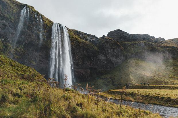 Wodospad Seljalandsfoss na Islandii