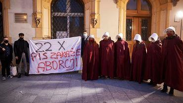Trybunał Konstytucyjny zajmuje się aborcją. Protestują Polki i RPO