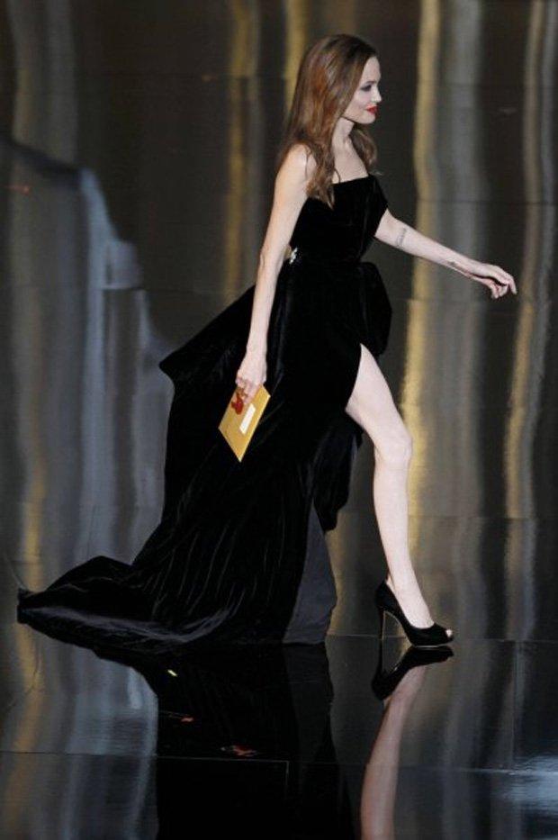 Noga Angeliny Jolie