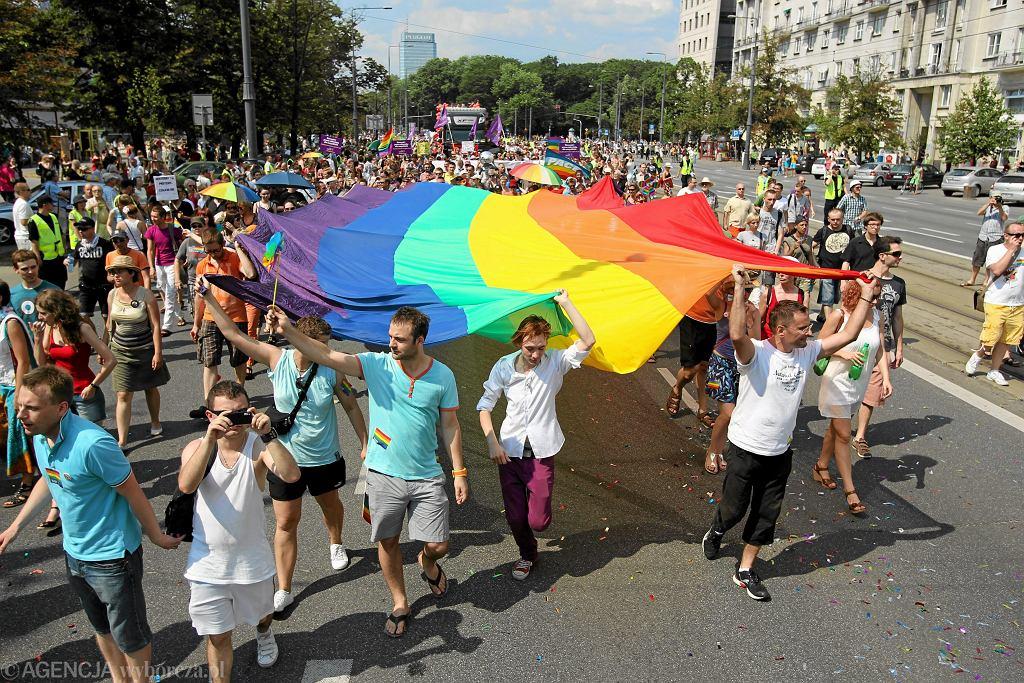 W warszawskim EuroPride w 2010 r. wzięło udział 10 tys. osób z całego świata