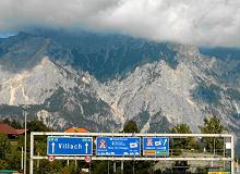 Winiety w Austrii: jakie są opłaty drogowe dla kierowców osobówek?