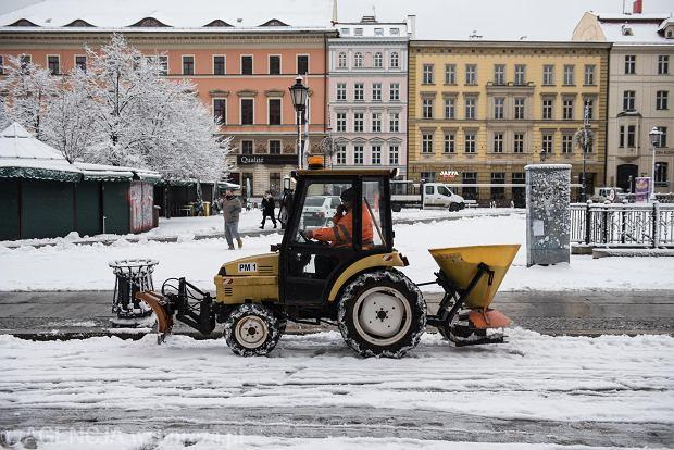 Zdjęcie numer 23 w galerii - Wrocław pod śniegiem. Zobacz zimowe zdjęcia z centrum miasta [FOTO]