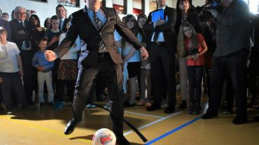 Rok 2015, Grzegorz Schetyna podczas uroczystego otwarcia nowej siedziby szkoły im. Willy'ego Brandta w Warszawie