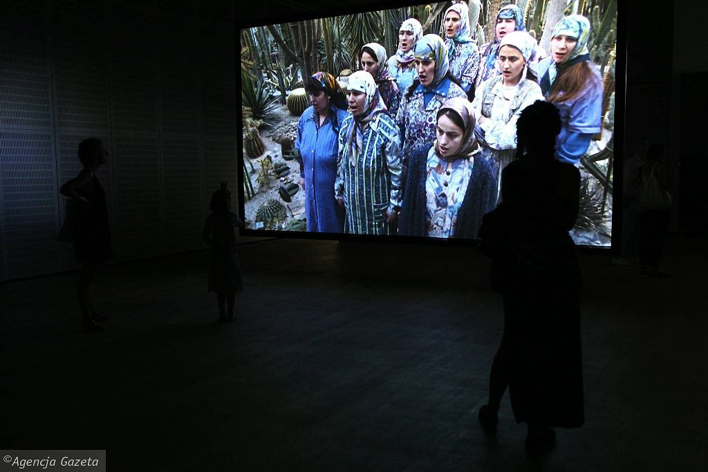 Wystawa Asylum Juliana Rosefeldta / Fot. ADAM STĘPIEŃ