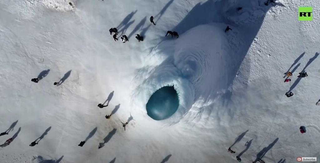 'Lodowy wulkan' w Kazachstanie