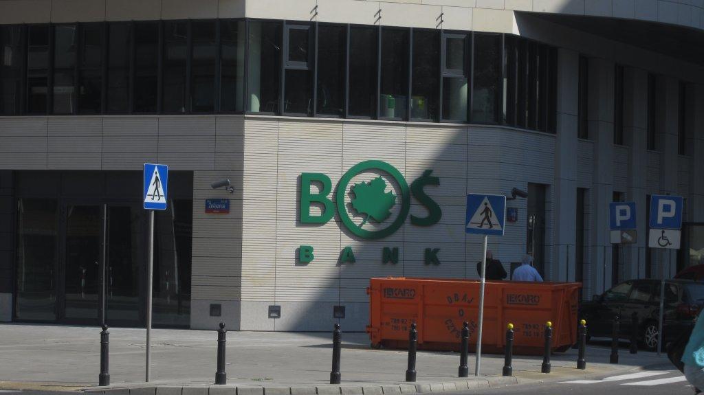 -Bank wchodzi w etap zrównoważonego rozwoju biznesu - twierdzi prezes BOŚ Bogusław Białowąs.