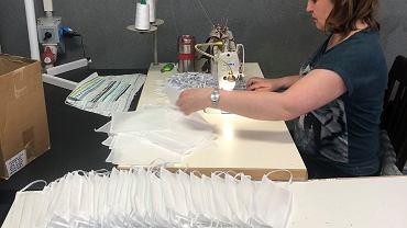 Białostockie krawcowe z firmy Cozydots szyją maseczki ochronne dla szpitali