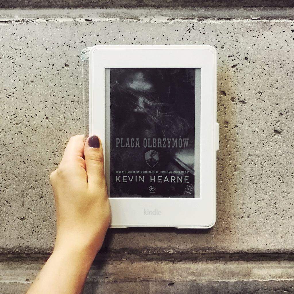 Książka 'Plaga olbrzymów' autorstwa Kevina Hearne