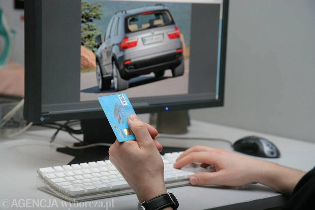 Czy stacjonarne salony samochodowe są nadal potrzebne? Jaka czeka je przyszłość?