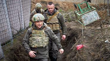 Prezydent Ukrainy Wołodymyr Zełenski w Donbasie - zdjęcie ilustracyjne