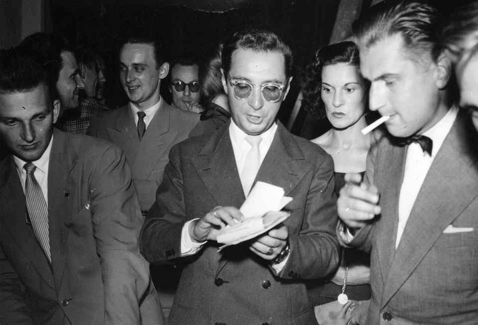 Leopold Tyrmand podczas Festiwalu Muzyki Jazzowej w Sopocie, 1957 r.