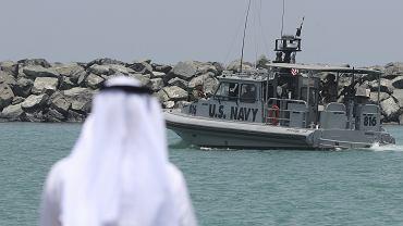 Łódź patrolowa US Navy z 5 Floty operującej w rejonie Cieśniny Ormuz