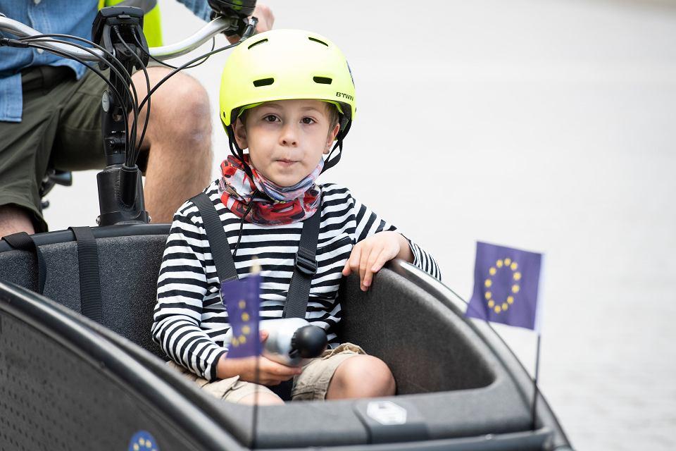 Unia Europejska chce zadbać o prawa dzieci