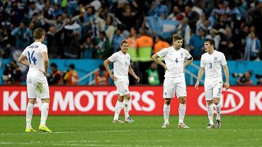 Urugwaj - Anglia 2:1. Angielscy piłkarze po meczu