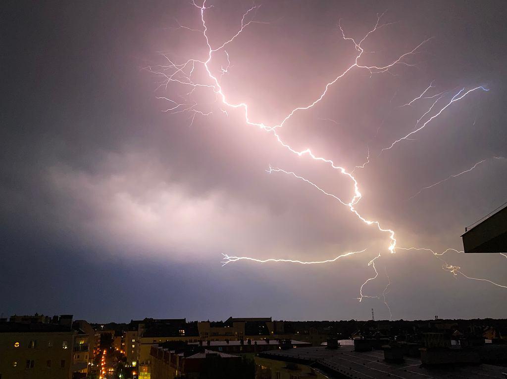 Nadchodząca burza nad Ursynowem