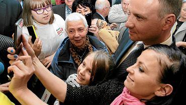 Andrzej Duda 20 kwietnia 2015 r. podczas wiecu wyborczego  w Bibliotece im. Zbigniewa Herberta  w Gorzowie Wielkopolskim