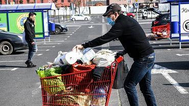 Zakupy i inflacja (zdjęcie ilustracyjne)