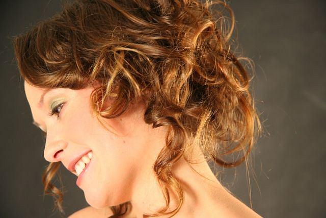 4 Fryzury Na Zamaskowanie Przetłuszczonych I Nieświeżych Włosów