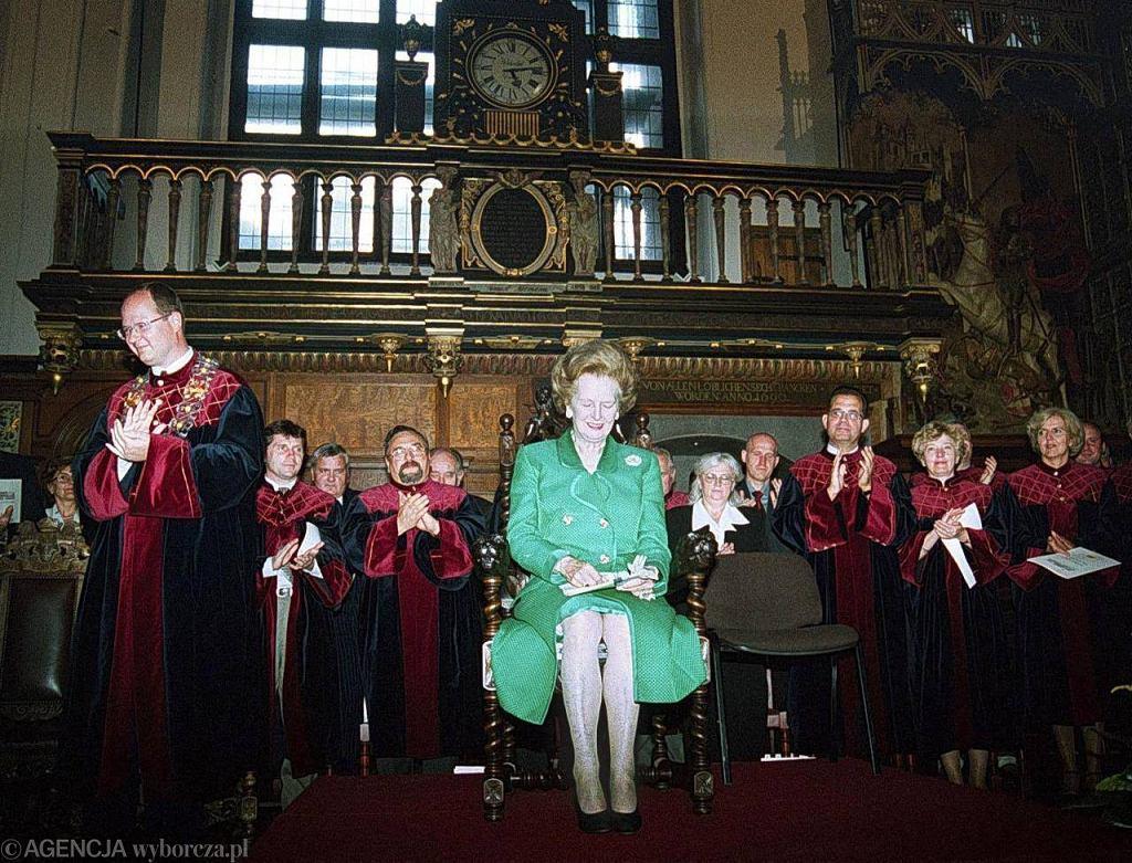 2000 rok. Margaret Thatcher podczas wizyty w Gdańsku w 2000 roku. obok prezydent Paweł Adamowicz