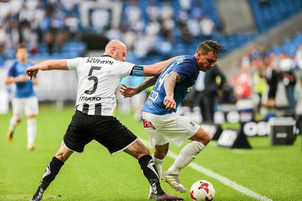 W lipcu Lech zremisował z Sandecją 0:0. Na zdjęciu Nicki Bille