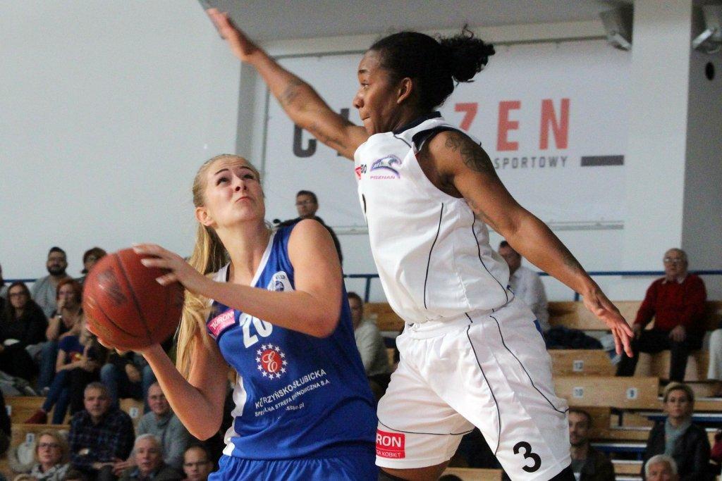 Tauron Basket Liga Kobiet: MUKS Poznań - KSSSE AZS PWSZ Gorzów 75:69 (25:16, 16:16, 17:19, 17:18)