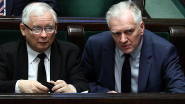 Prezes PiS Jarosław Kaczyński i wicepremier i minister rządu PiS Jarosław Gowin podczas głosowań w Sejmie. Warszawa, 1 marca 2018