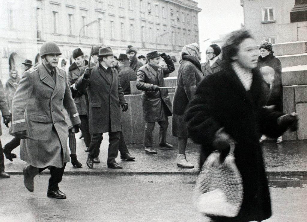 Zamieszki studenckie na Krakowskim Przedmieściu w Warszawie, marzec 1968 roku.