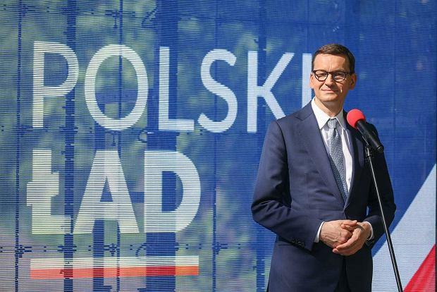 """""""Polski ład"""". Emeryci bez ulgi. Będą płacić pełną, 9-procentową składkę zdrowotną"""