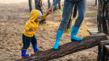 Co pomaga dzieciom wysoko wrażliwym dzieciom? Zrozumienie i akceptacja