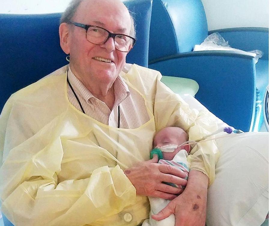 David Deutchman zmarł w wieku 86 lat.