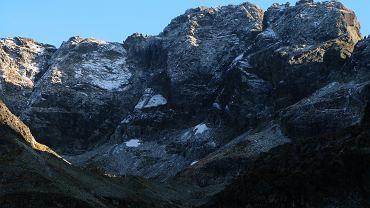 Rejon Doliny Gąsienicowej, widok na fragment Orlej Perci