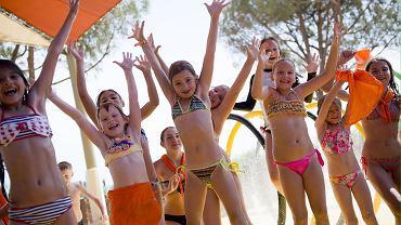 Dzieci na zagranicznych wakacjach